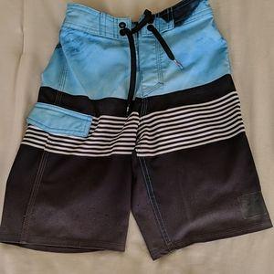 Boys Quiksilver board shorts, sz 6